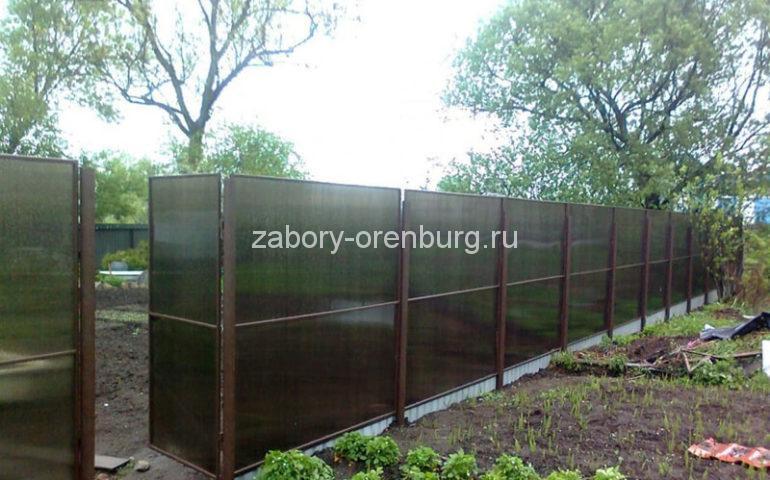 изготовление заборов из поликарбоната в Оренбурге