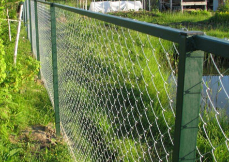 забор из сетки рабицы цена